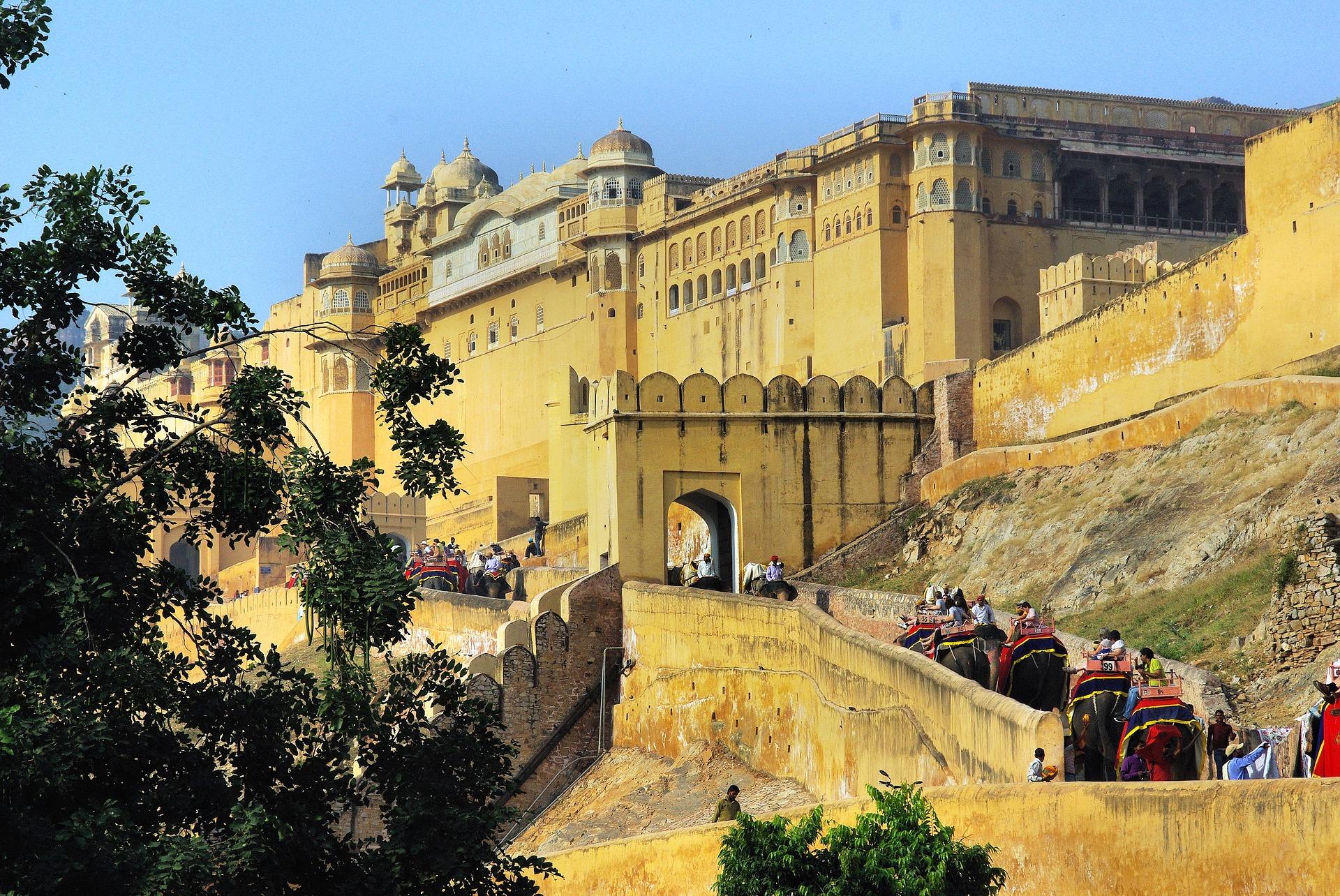 Travel to Rajasthan 6 Nights / 7 Days from Surat - Gujarat